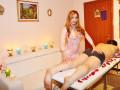 trans-massaggiatrice-esegue-massaggi-rilassanti-a-singoli-e-coppie-small-1