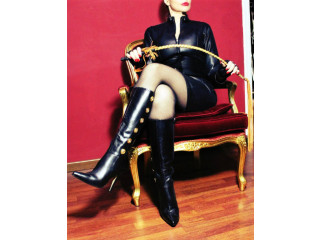 DOMINA SRENI MISTRESS